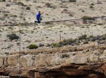 Nik Wallenda crosses the Grand Canyon on a tightrope with ...