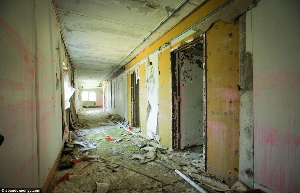 Left To Rot For 27 Years Inside Grossingers Catskills