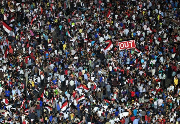 Mass crowd: