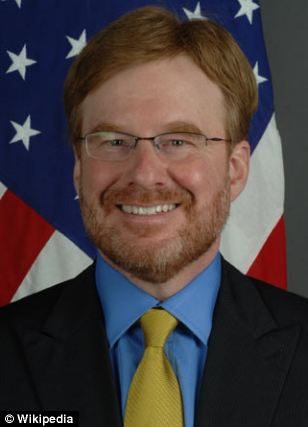 David Huebner is the current Ambassador to New Zealand and Samoa. He has served as general counsel to the Gay & Lesbian Alliance Against Defamation (GLAAD)