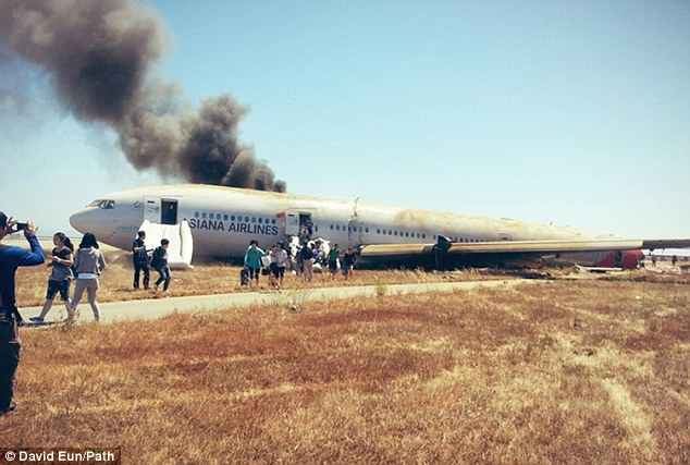 Dramatic: Samsung executive David Eun sent updates on Twitter after escaping the plane