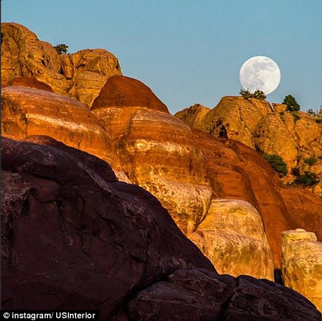 Utah: The June 2013 'supermoon' as seen from Arches National Park