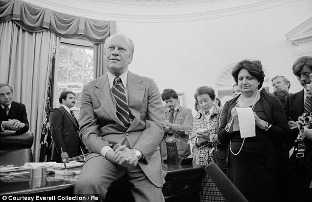 Look familiar? Thomas interviews President Gerald Ford as a young Dick Cheney (far left), then White House Chief of Staff, looks on