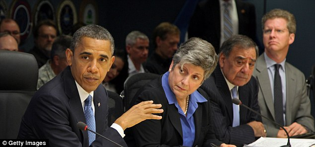 Brain trust: U.S. President Barack Obama (L) speaks as Homeland Security Secretary Janet Napolitano (2nd L), U.S. Defense Secretary Leon Panetta (2nd R) and Housing and Housing and Urban Development Secretary Shaun Donovan