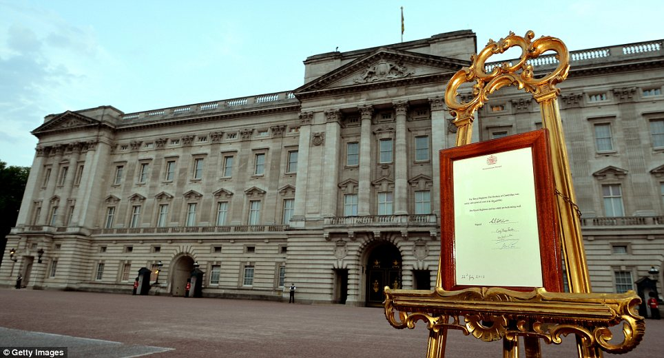 It's official! As is traditional, the news of the birth was announced via an easel outside Buckingham Palace