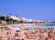 Cannes robbery: CCTV footage emerges of £88MILLION Cannes ...