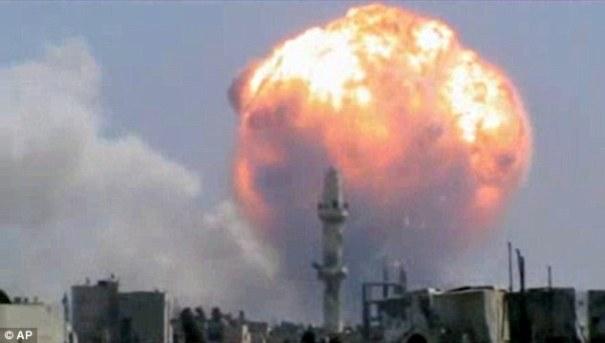 article 0 1B1A2362000005DC 416 634x359 Explota depósito de armas, van 40 muertos [Siria]