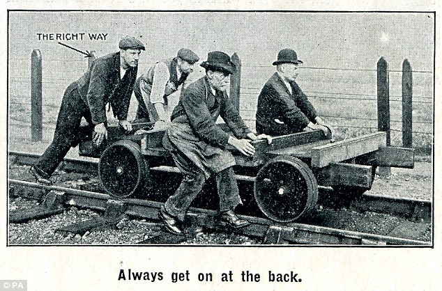 The railway workers were reminded to carry out their work as safely as possible, whether crossing the railway line, wearing goggles to protect their eyes or loading and unloading goods