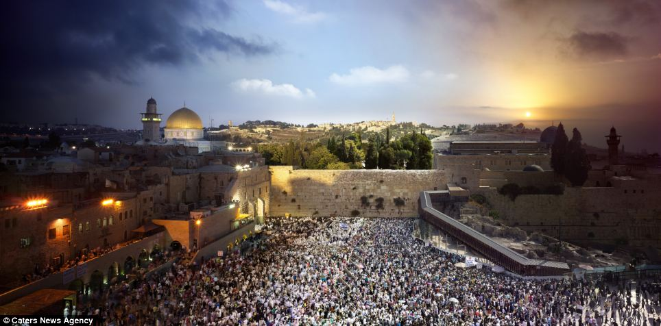 The Western Wall is one of Jerusalem's most iconic images - and now this composition shows just how important it is to the city