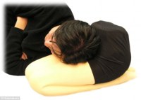 The pillow that lets you cuddle up on a (pretend) lady's ...