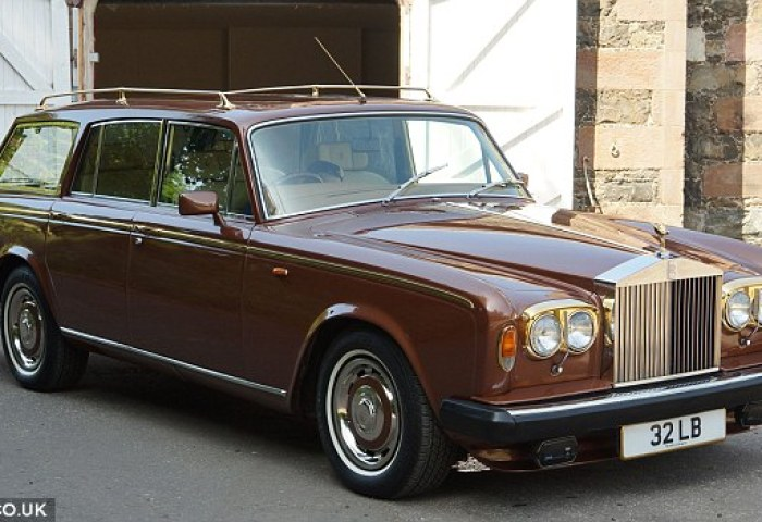 John Entwistles Rolls Royce Customised To Carry Irish Wolfhounds