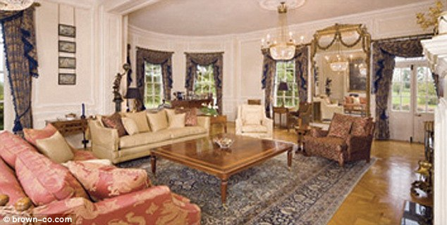Fit for a king, or a secret agent: This living room could soon belong to Daniel and Rachel