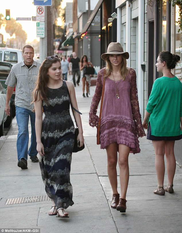 Can you believe that? Taylor Swift is denied a table at the popular Gjelina restaurant in Venice, California