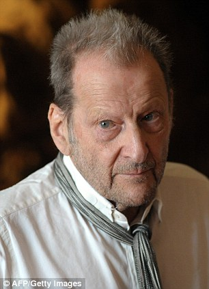 British painter Lucian Freud poses on July 4, 2010