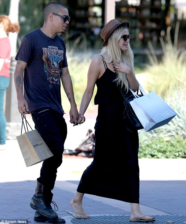 Ross Evan And Hilary Duff