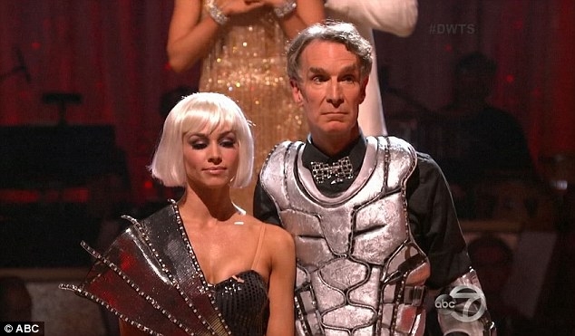 Bill Nye Does Robot Dance To Daft Punks Get Lucky On