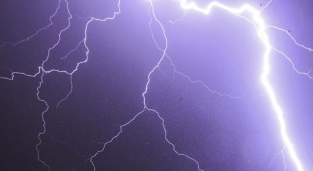 Lightning strikes killed 32 people, including nine children, during storms at the weekend in India.