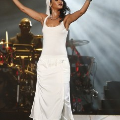 Half Circle Chair Walmart Baby High Chairs Sale Rihanna Makes A Half-hearted Attempt To Cover Her Body Abu Dhabi... But Keeps Raunchy Dance ...