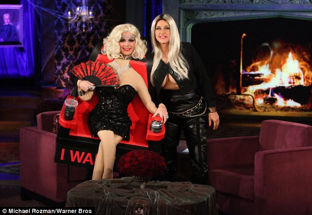 swivel chair and a half alera elusion series mesh mid back multifunction 2 ellen degeneres dresses as breast-baring nicki minaj for halloween | daily mail online