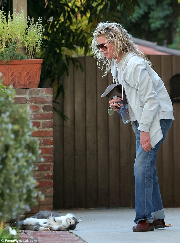 Kim Basinger 59 Looks Youthful As She Plays With A