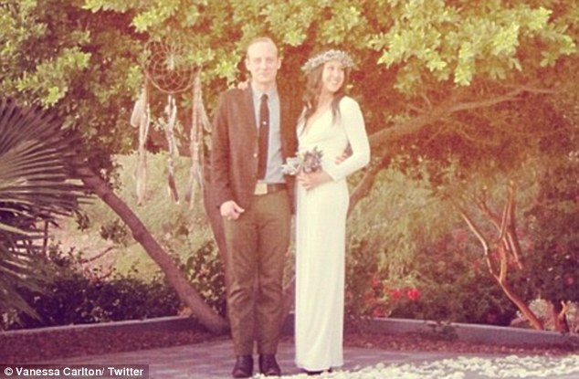 Vanessa Carlton Marries Rocker John McCauley As Stevie