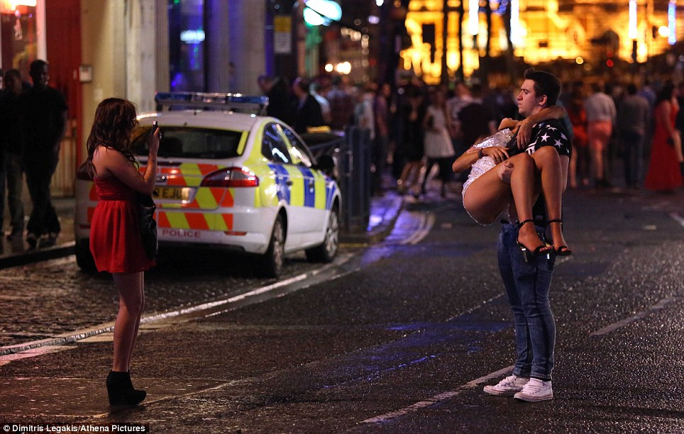 A picture of a scene of drunkenness in Swansea from a Daily Mail article from two years ago, when they said the same thing about 2014.
