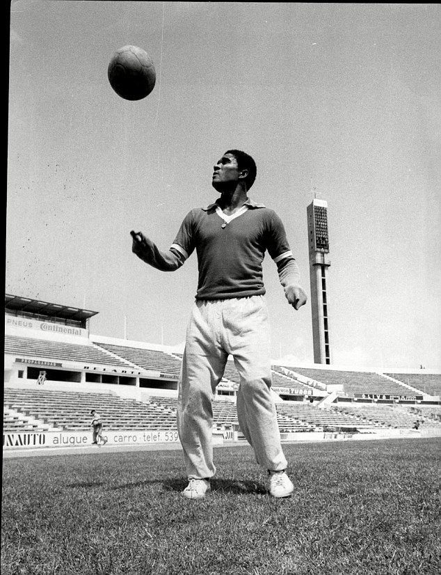 Legend: Eusebio has passed away at the age of 71