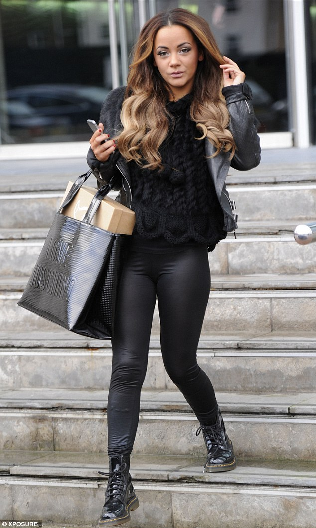 Chelsee Healey Arrives To Photo Shoot Without Any Make Up