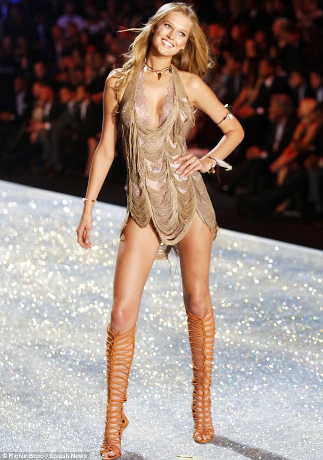 Catwalk queen: It's not hard to see what Leonardo first saw in statuesque blonde Toni