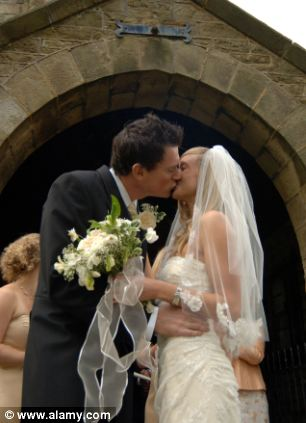 Marks Amp Spencer In War Of The Wedding Roses Retailer