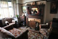 Inside the 1930s house of Blackpool's Aaron Whiteside ...
