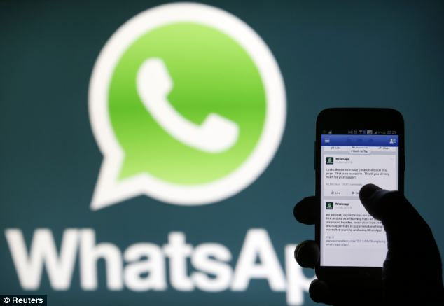 Dutch security expert Bass Bosschert said the flaw allowed any app to read and send chat logs.