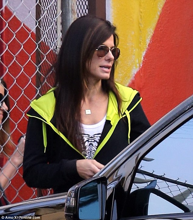 Sandra Bullock goes makeup free and reveals trim physique  Daily Mail Online