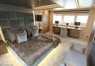 Article F1 Luxury Mega Yacht Interior