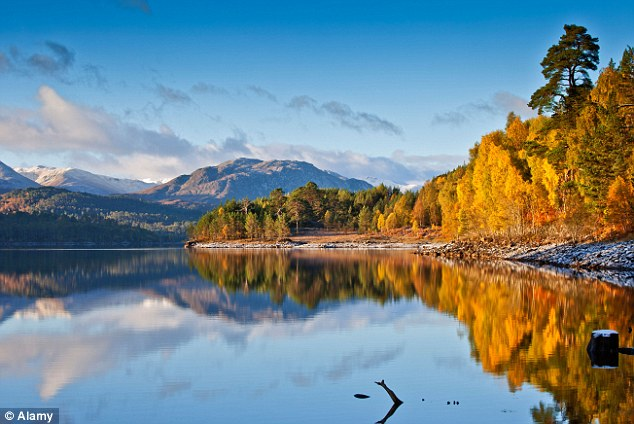 Fall Cabin Wallpaper The Glory Of The Glen Why Head Abroad When You Can Enjoy