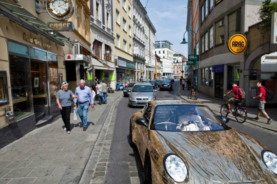 Mr Langeder shows off his car in the streets of Hamburg, although he is considerably slower than other road-users