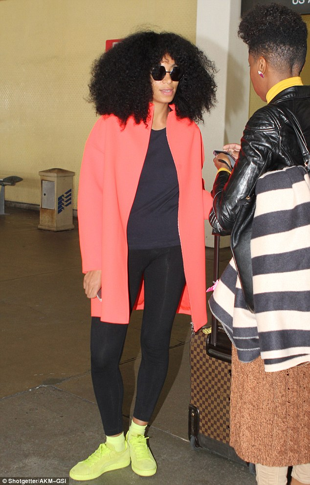 Solange Knowles Jets Into LAX Ahead Of Her Set At