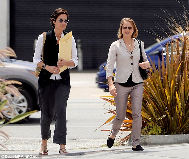 Jodie Foster And Wife Alexandra Hedison Make Public Debut