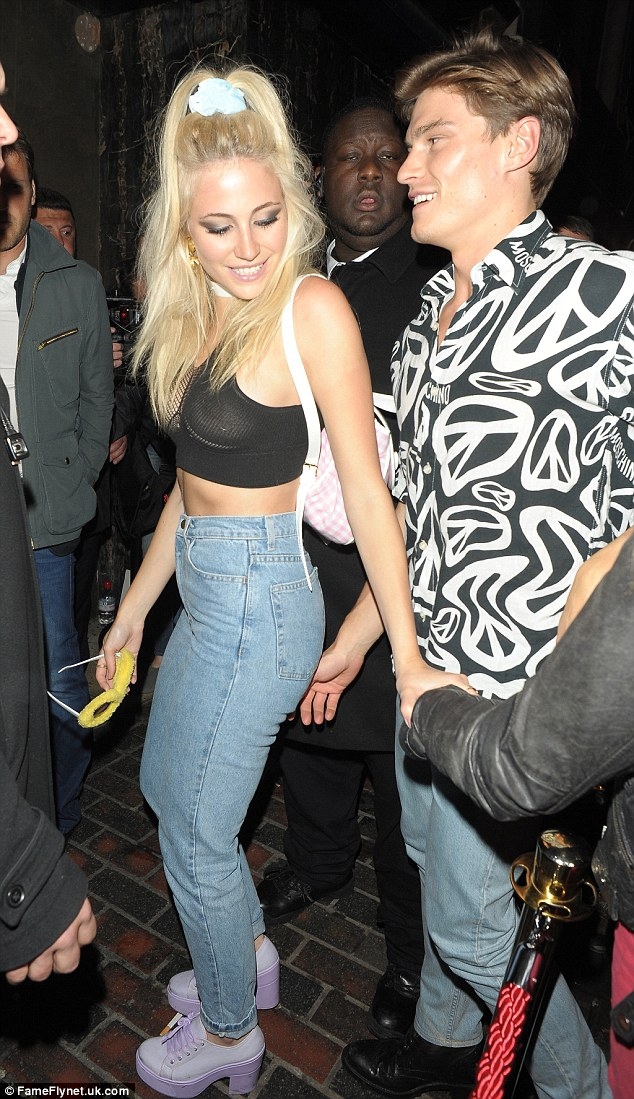 Pixie Lott Wears A VERY Revealing Top As She Parties With