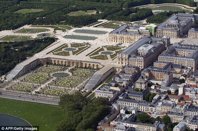Stunning: But the Palace of Versailles  made it clear that the American celebrities were not considered distinguished enough for an official ceremony and celebration