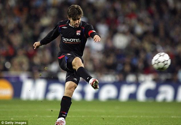 Kết quả hình ảnh cho Juninho free kick