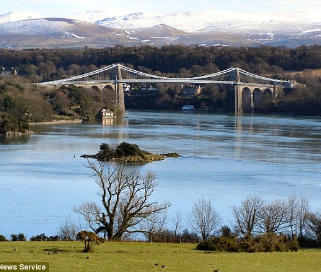 Beauty Spot North Wales Police Said It Will Install Mobile Cctv Cameras If Doggers Keep