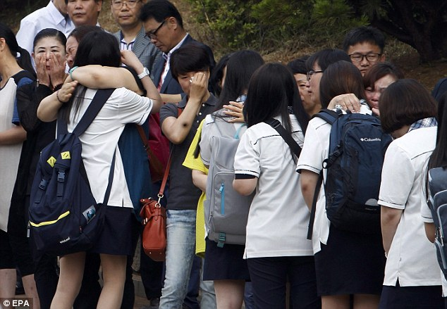 Classmates of South Korean Sewol ferry victims fight back tears as they return to school for first time   Daily Mail Online