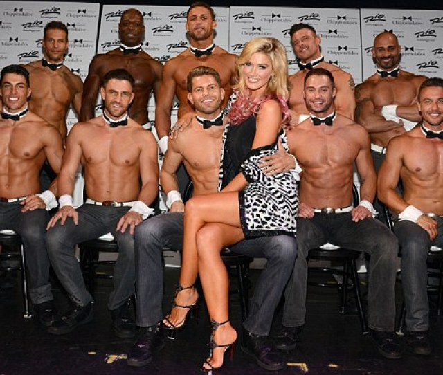 In Good Company Delta Was Seen Cosing Up To The Exotic Dancers Of The Famous