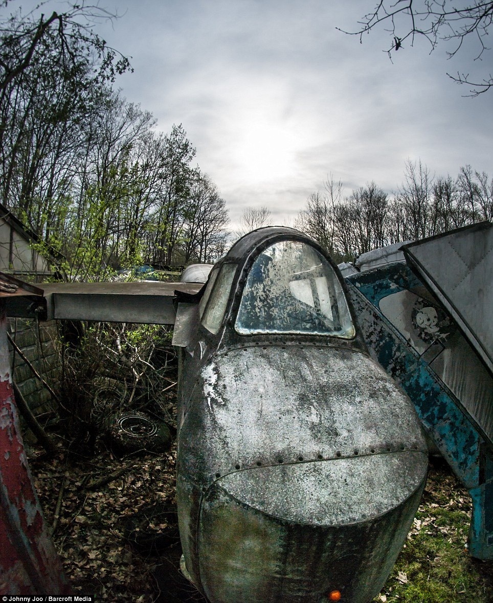 The planes were assembled by scrapyard worker Walter Soplata in his back garden in Newbury, Ohio, from the late 1940s