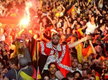 Germany's World Cup triumph celebrated by 200,000 on ...