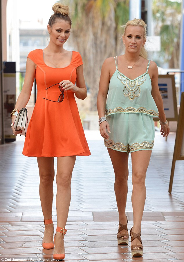 Chloe Sims spends time with Elliot Wrights sister Leah ahead of her wedding in Alicante  Daily