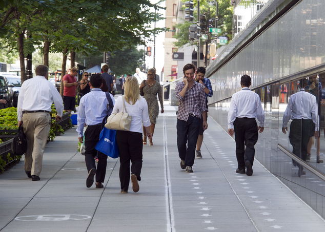 A fast lane for pedestrians The social experiment that