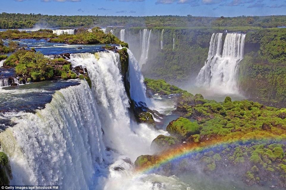 Guyana Wallpaper Kaieteur Falls The Breathtaking Waterfalls That Every Traveller Must See