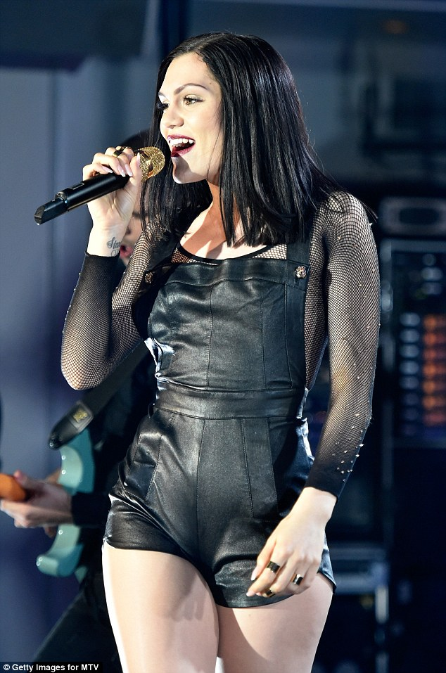 Jessie J Shows A LOT Of Leg In Tiny Leather Dungarees As